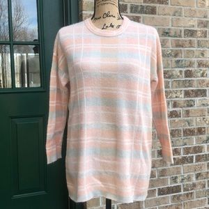 Lou & Grey peach checkered sweater size XS